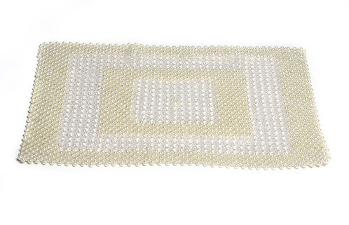 Pearl embroidered table mat