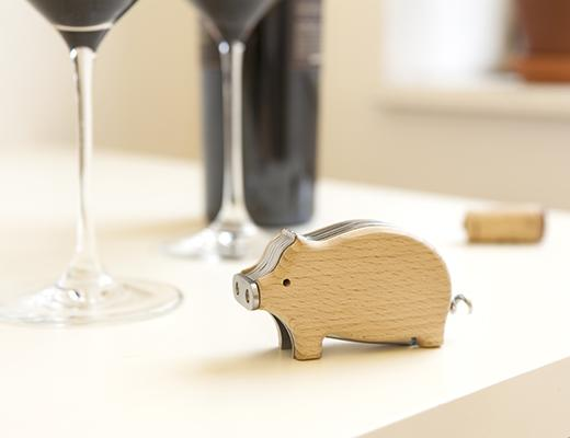CS24-PIG-CORKSREW_ACTION-4655.jpg