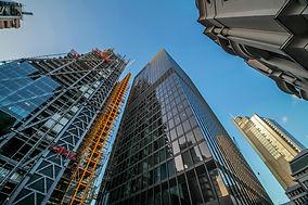 london-commercial-district-PX2MJ43.jpg