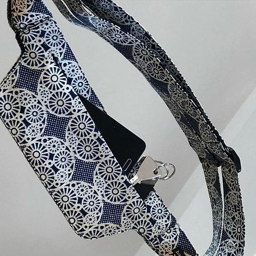 Clockwork • The flat belt bag