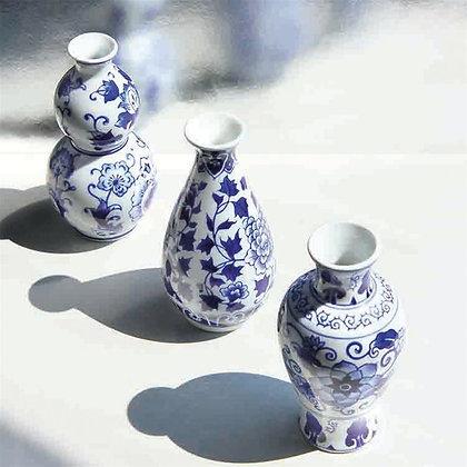 Blue & white ceramic bud vase set of 3