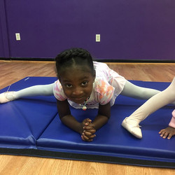 The passion is there when the tiny ballerinas work just as hard as the big girls! 😍__#browngirlsdob