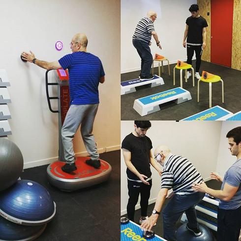La magie du système Fitlight ;) #fitlighttrainer #sportsadaptés #stageapas #coordination #stepper #globus #sportsanté
