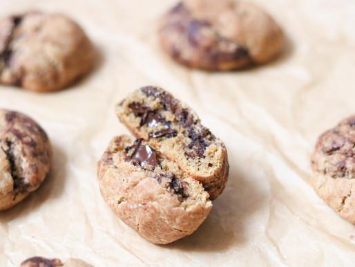 עוגיות נימוחות טבעוניות במילוי שוקולד נמס