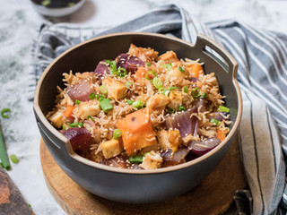 אורז אסיאתי קריספי עם טופו וירקות