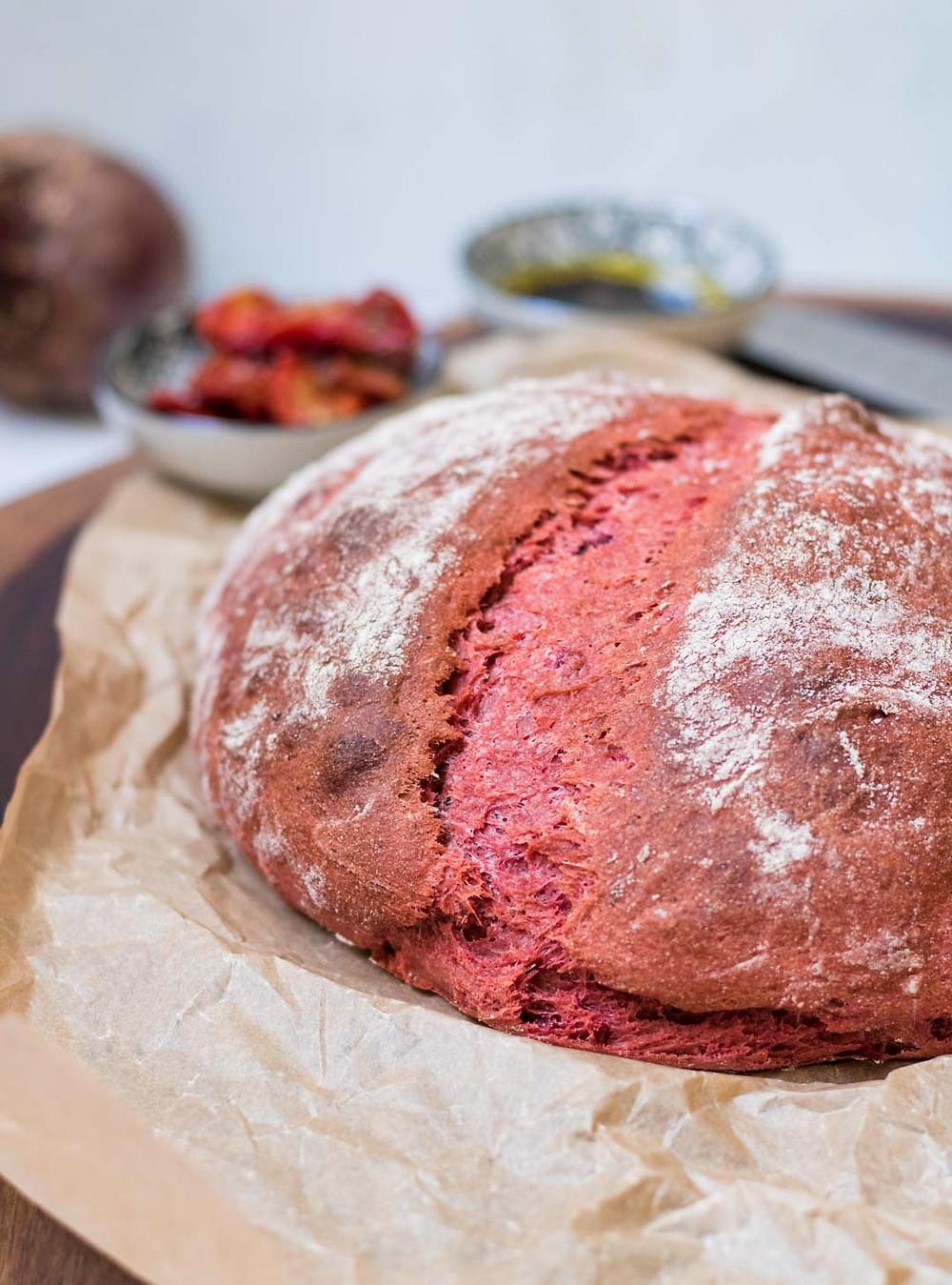לחם כוסמין מלא ביתי מקמח מלא בתוספת סלק