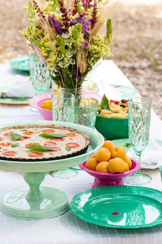 ארוחת חג שבועות טבעוני צבעוני