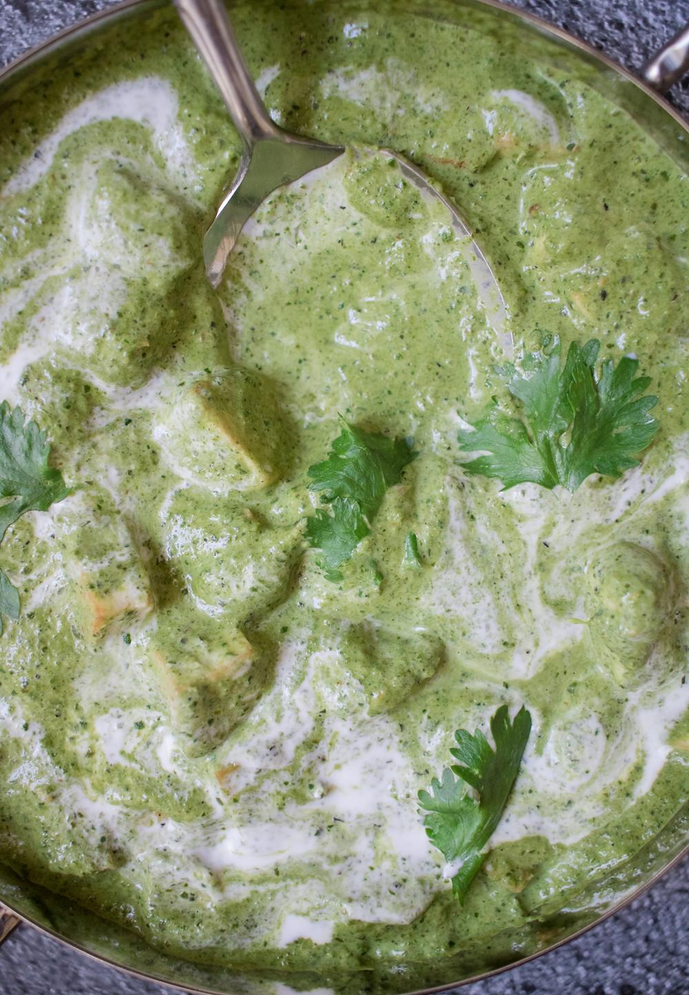 פאלאק פניר פאלאק טופו טבעוני ללא גלוטן אוכל הודי טבעוני