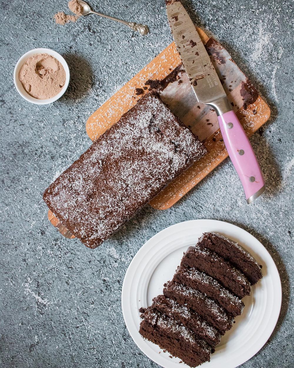 עוגת שוקולד טבעונית, ללא גלוטן, עם קמח טף ואבקת חרובים