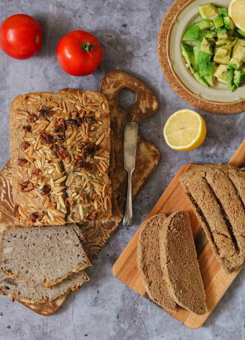 לחם כוסמת ללא גלוטן ולחם כוסמין מלא עם שמרים בריא טבעוני מזין