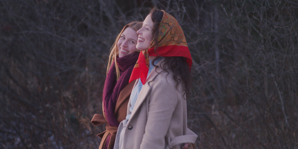 Elle (Perrie Voss) and Molly (Heidi Lync