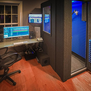 WhisperRoom sound booth