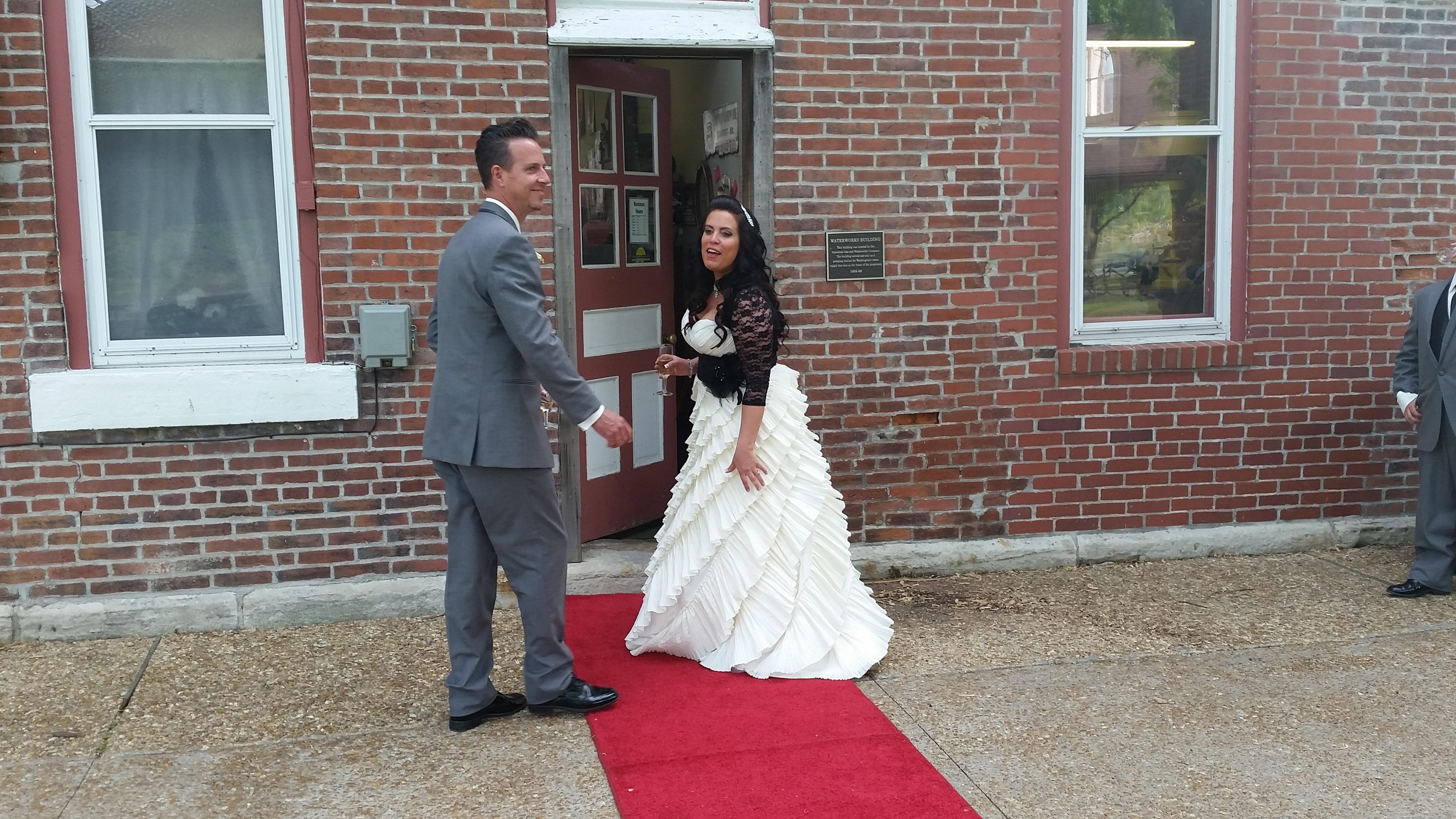 Waterworks wedding couple