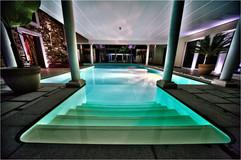 piscine privée de 8 m sur 12m