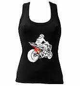 camiseta de tirantes motera con diseño de una  moto sacando llama o fuego del escape