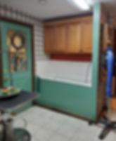 groomingroom.jpg