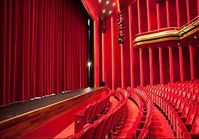 delamar-theatre-stage-curtains-showtex-1