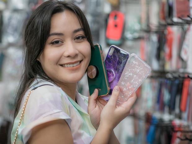 Bazaar Compadres Mall Guam
