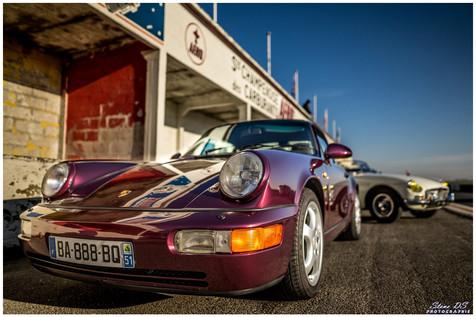 Porsche violette
