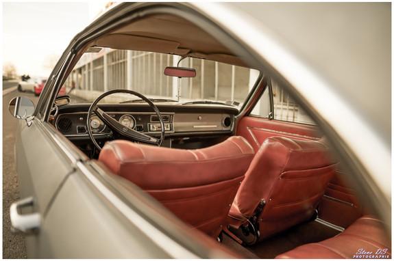 A bord d'une Opel Rekord Coupé