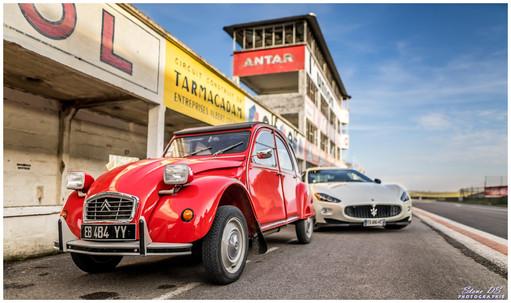 2CV et Maserati