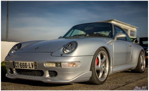 Porsche grise