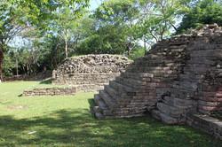 maya sites picture - lubaantun