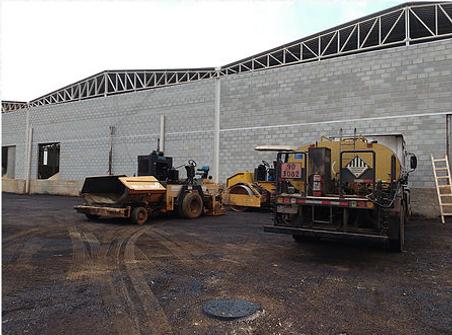 Execução de asfalto em galpões, pátios e estacionamentos em Belo Horizonte