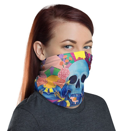 The Decay of Lying Neck Gaiter