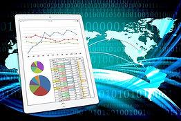 タブレットと分析グラフ