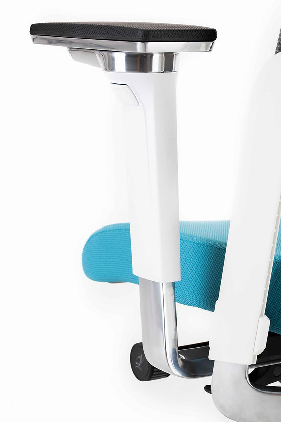 Xilium_Office_Chair_XD_4D_Arnrests.jpg