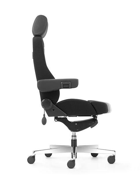 Operator_24_Heavy_Duty_Chair_Seat_Depth.