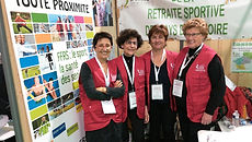 Bénévoles au forum des seniors de Nantes
