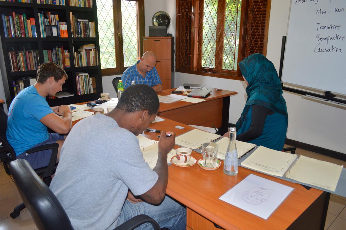 Indonesian Language Immersion, Jakarta - www.learnindonesian.education