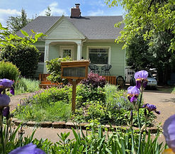 Front House Pic #1.jpg