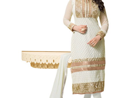 Things to consider before selecting a salwar kameez for a specific occasion
