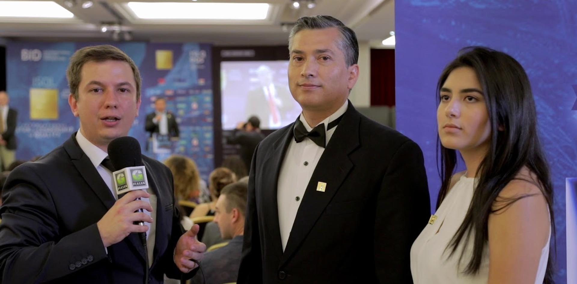 Entrevista del Premio en París