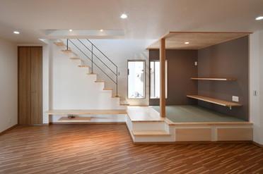 リビング 階段 畳