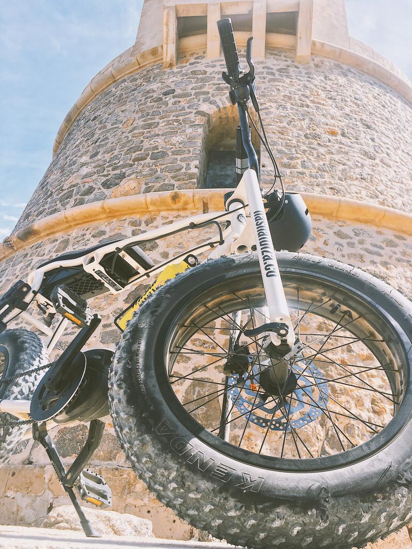 Fat tyre e-bikes