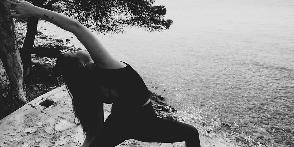 Free online yoga class