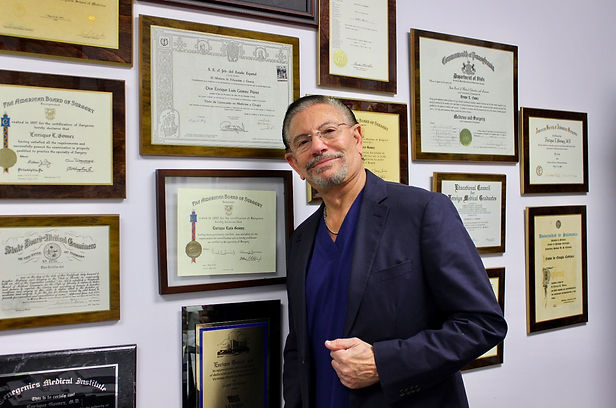 Dr. Enrique Gomez