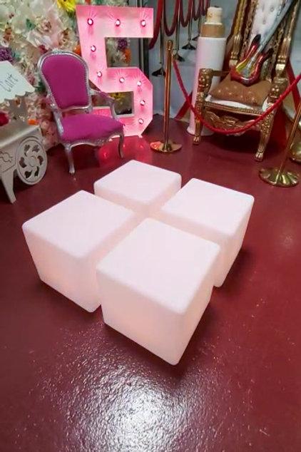4 X Light Cubes