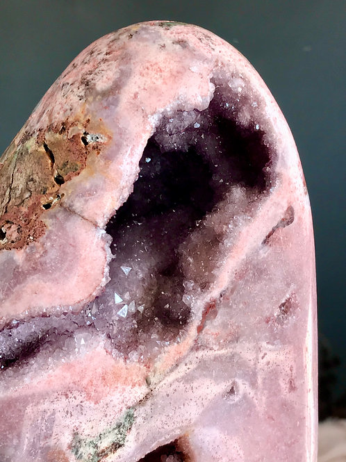 PA 55/2292 ◦◦5.05lb◦◦ pink/violet amethyst geode
