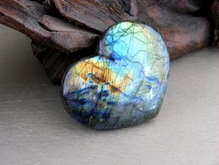 LABRADORITE | Nature's Own Magical Lanterns