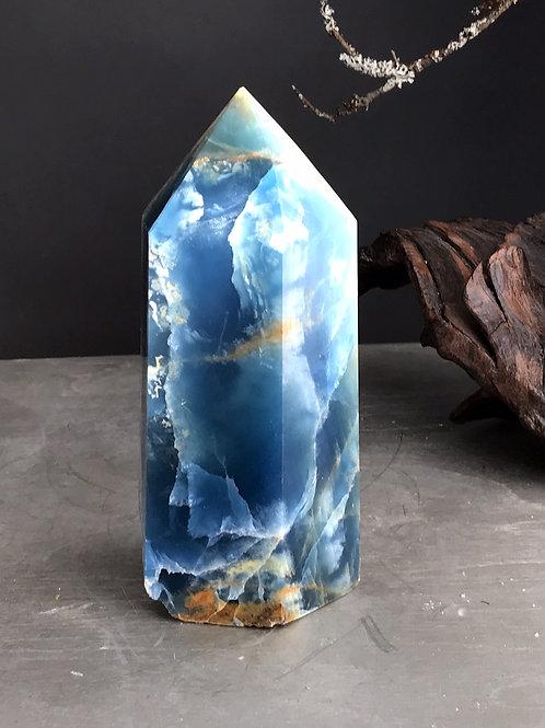 blue onyx point