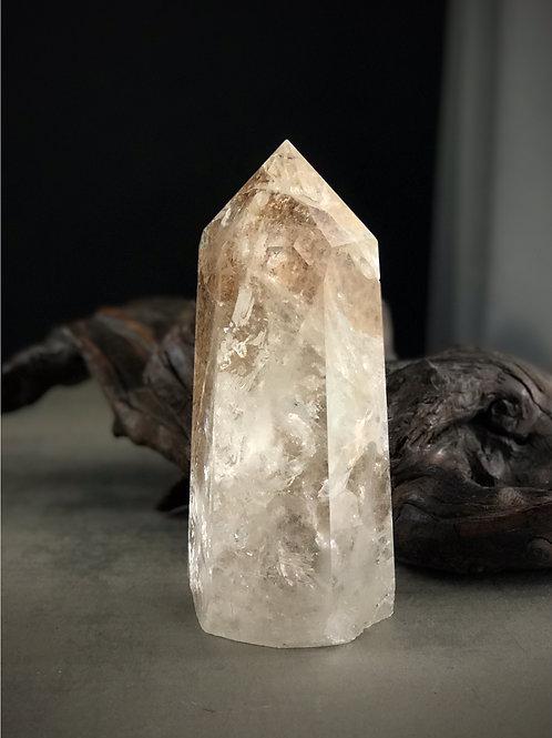 lodolite quartz point