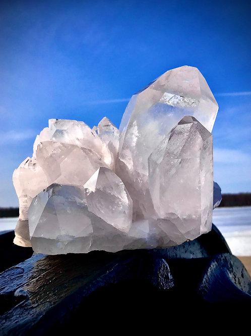 QC30//3900 8.59 lb large quartz cluster