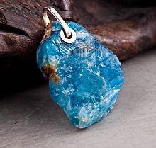 fluorite pendant (1 of 1)-001.jpg