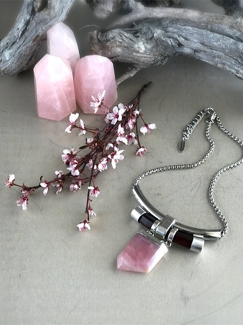 rose quartz leather necklace