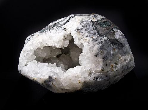 9.92 lb apophyllite druzy geode